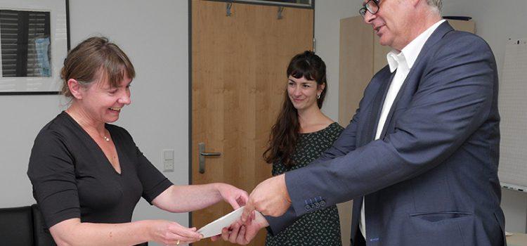 Positive Zwischenevaluation: Ernsting`s family-Junior-Stiftungsprofessur um drei Jahre verlängert